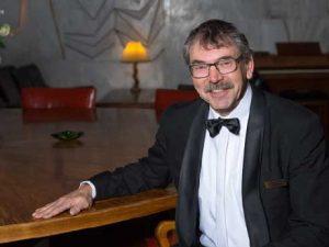 Dennis Bruhn